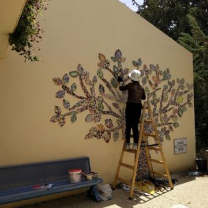 sigalit eshet mosaic projects with the community